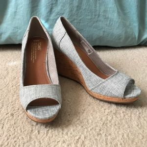 TOMS Wedges *new*